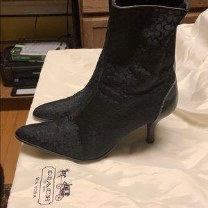 Pristine Coach Black Monogram CanvasWLeather Boots
